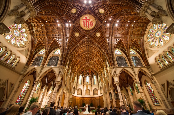 catholic wedding ceremony in holy name cathedral church in chicago