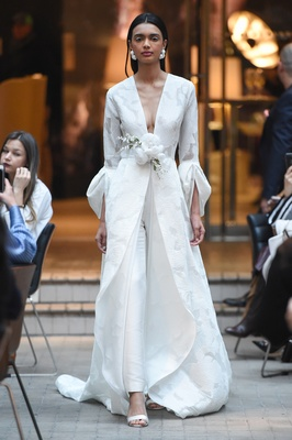 Sachi & Babi Spring/Summer 2018 Fil coupé coat-dress draped sleeves slim-fit Mikado pants