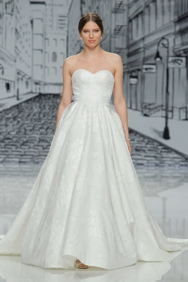 Justin Alexander Spring Summer 2017 sweetheart neckline strapless ball gown a line lace applique