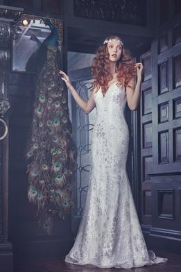 Sareh Nouri Spring 2018 bridal collection Waverly wedding dress v neck mermaid dress
