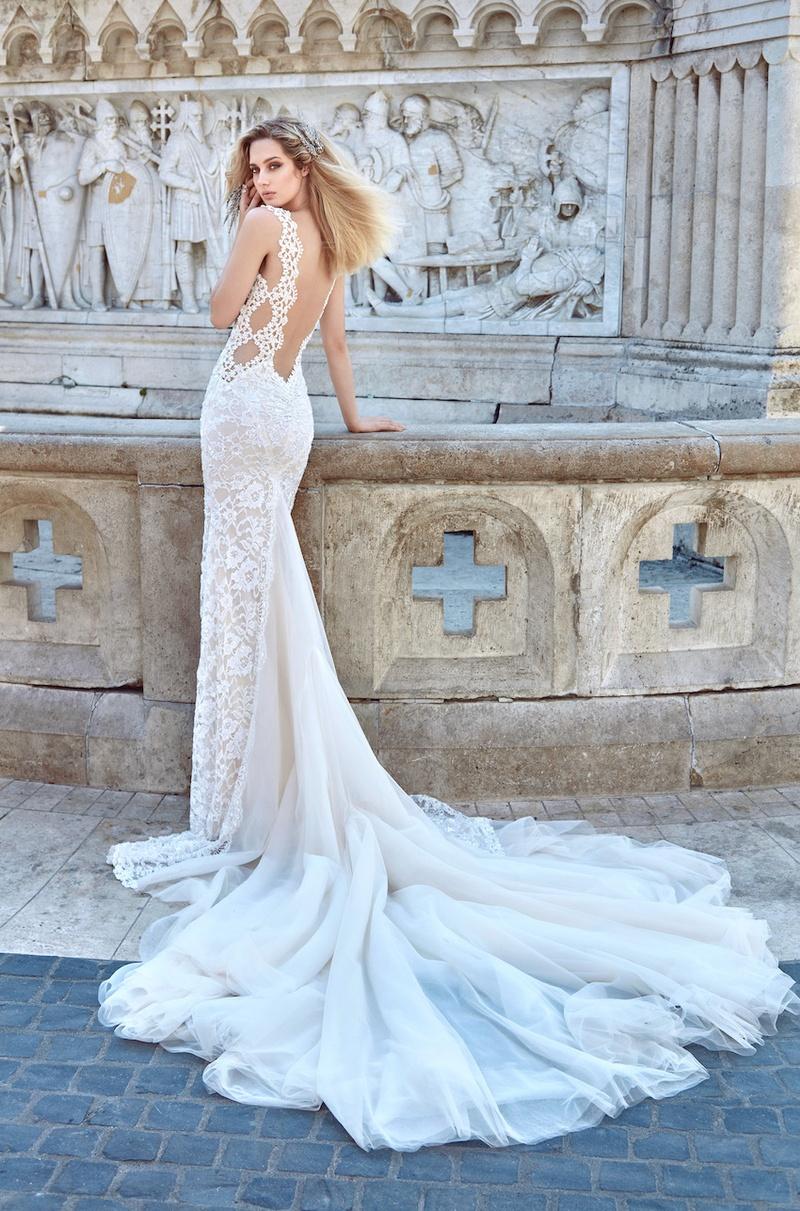 Gorgeous Lace Wedding Dresses Gothic