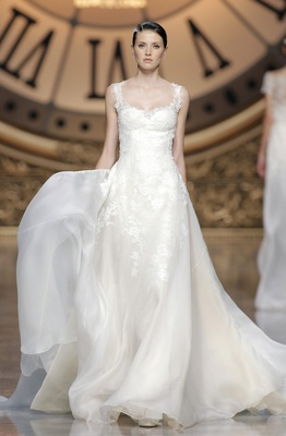 Atelier Pronovias 2016 Virgie Wedding Dress