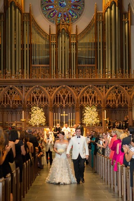 Minimal church wedding decorations with large organ