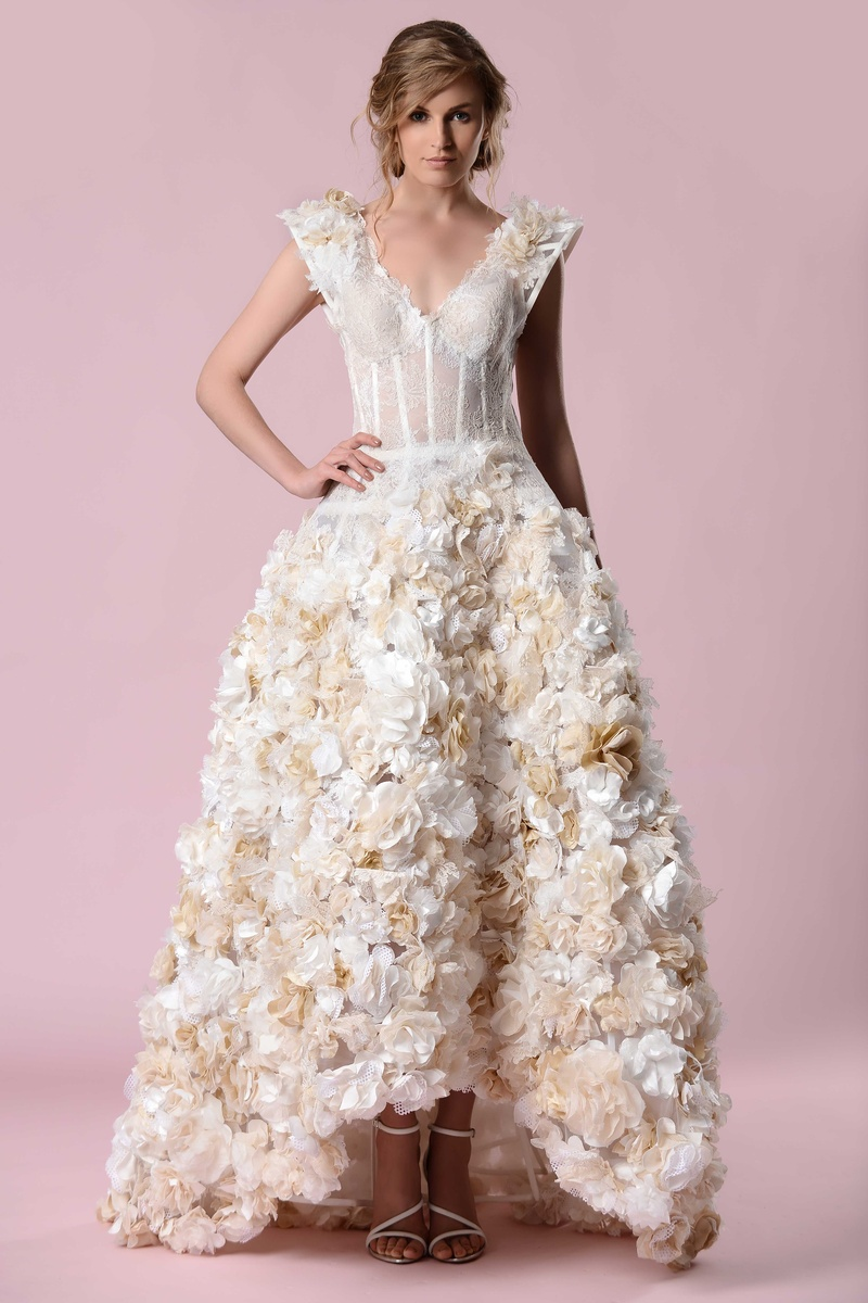 Wedding Dresses Photos - Ruffled Floral Gown by Gemy Maalouf 2016 ...