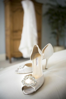 Oscar de la Renta white bridal shoes with crystals