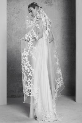 Elie Saab Spring/Summer 2018 extended veil descending floral details