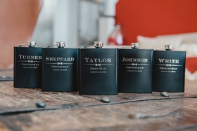 wedding day groomsmen gifts ideas personalized flasks