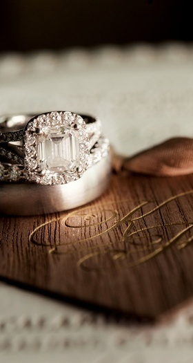 Emerald-cut diamond halo in split-shank ring
