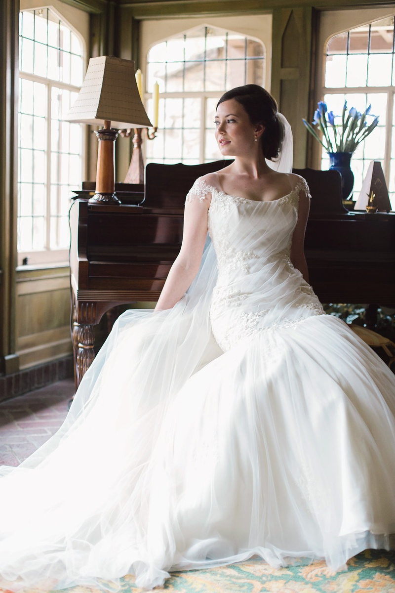 Wedding Dresses Photos - Bride Reclining, Bateau-Neck Gown - Inside ...