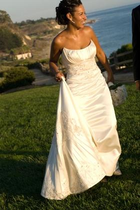 Ivory sleeveless wedding dress with embroidery