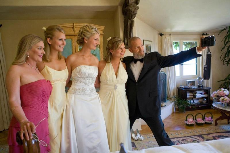 The Big Lebowski takes selfie with bridesmaids