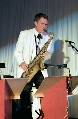Wedding reception with a saxophone player