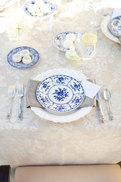 Place setting for Paris theme