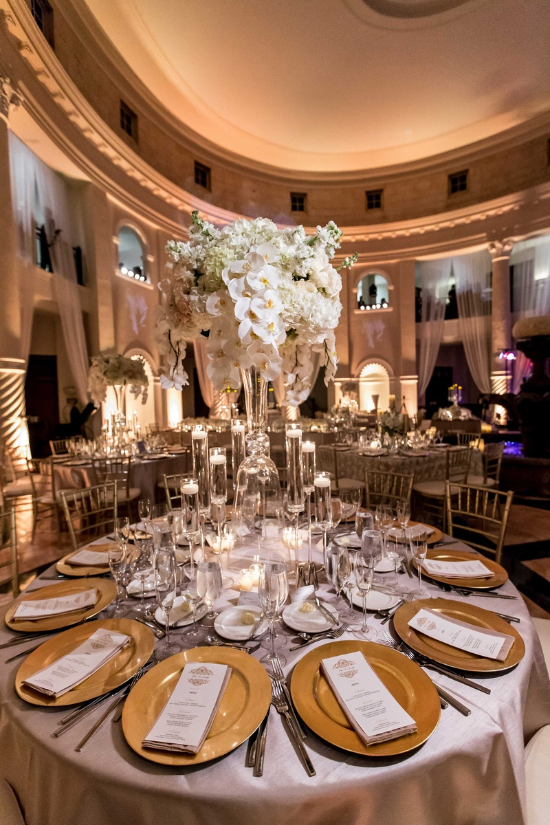 Romantic Wedding with Ivory, Champagne & Gold Palette in Florida ...