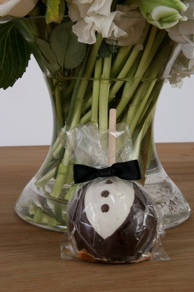 Chocolate covered apple that looks like tuxedo