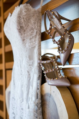 tan nude champagne wedding bridal high heels with golden studs and a pointed toe valentino