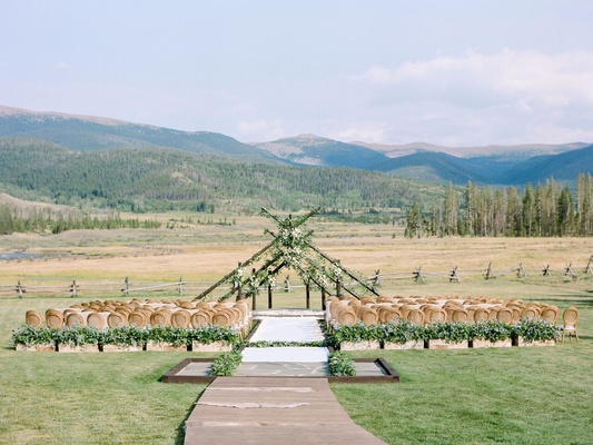 wedding at devil's thumb ranch colorado mountain wedding