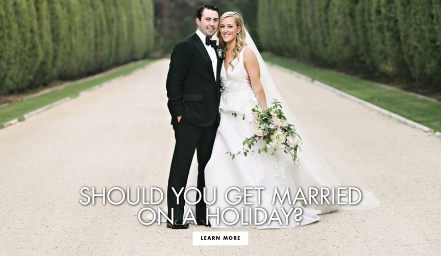should you have a holiday wedding, wedding on a major holiday
