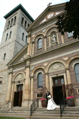 Italianate-style Roman Catholic church for Enuka Okuma wedding