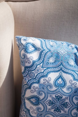 blue and white seating, southern-inspired wedding paisley pattern pillow