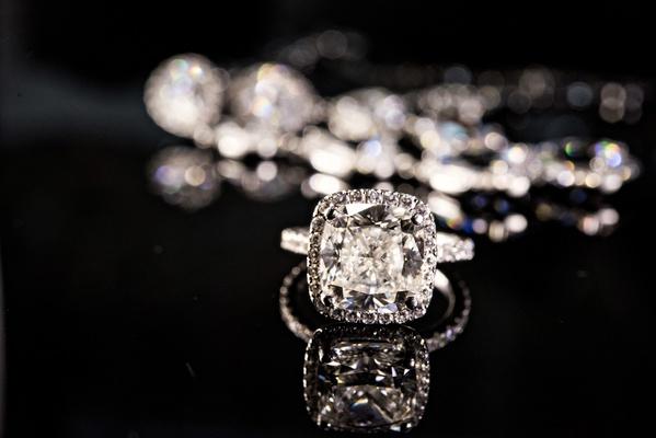 4 carat cushion cut diamond with halo setting