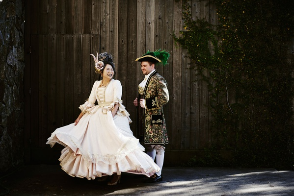 halloween wedding bride and groom costumes old world style costumes jacket dress hat