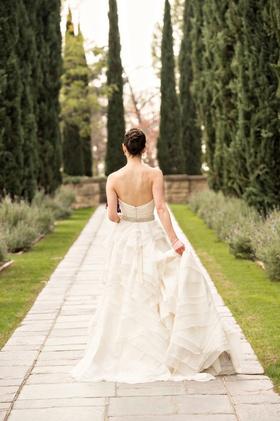 bridal portrait at greystone mansion los angeles wedding