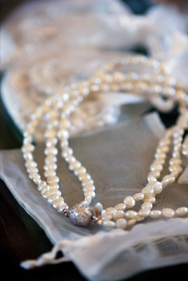 three string pearl necklace