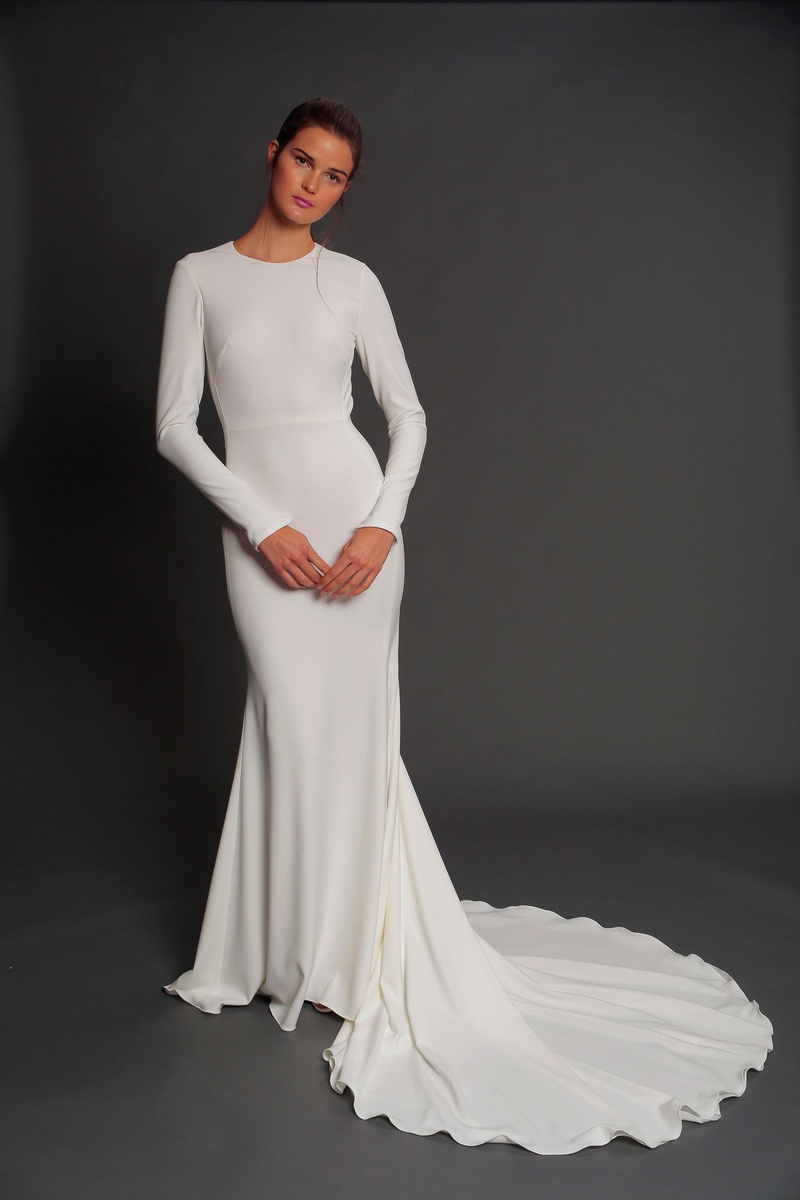 Isabelle Armstrong fall 2019 bridal collection wedding dress Louise fit-and-flare crepe long sleeves