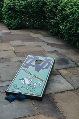 university of notre dame fighting irish cornhole set