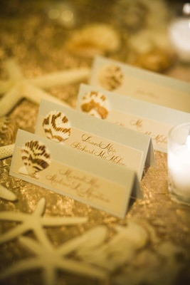 Destination beach wedding seating card idea