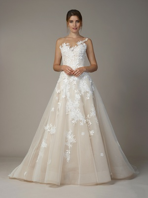 "Liancarlo Fall 2018 ""Juliette leaves"" embroidery &Chantilly on French tulle sleeveless ball gown"
