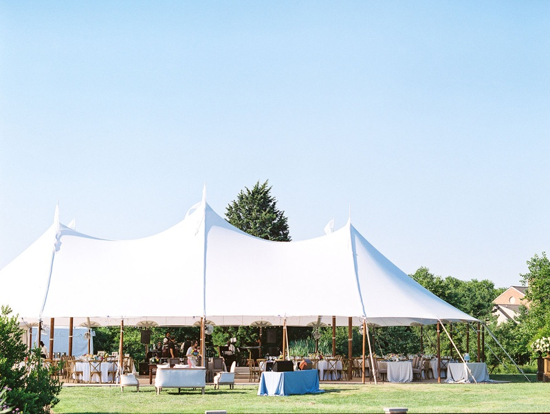 Locations Venues Photos Tented Wedding On Lawn Of Inn Inside