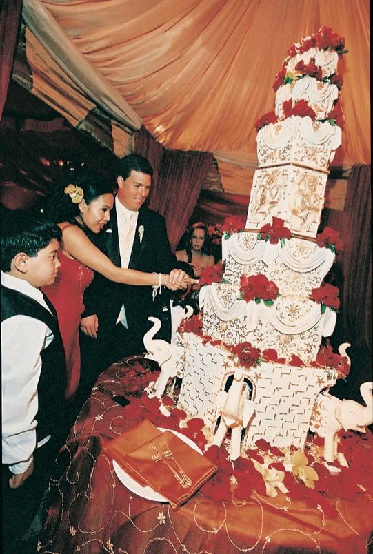Cakes Desserts Photos Asian Inspired Cake Inside Weddings