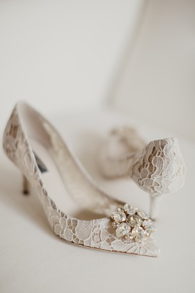 dolce & gabbana lace bridal pumps with crystal
