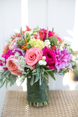 bouquet with light pink and hot pink roses
