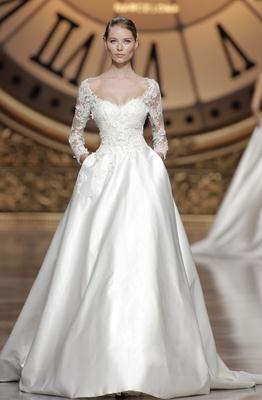 Atelier Pronovias 2016 Versal Wedding Dress