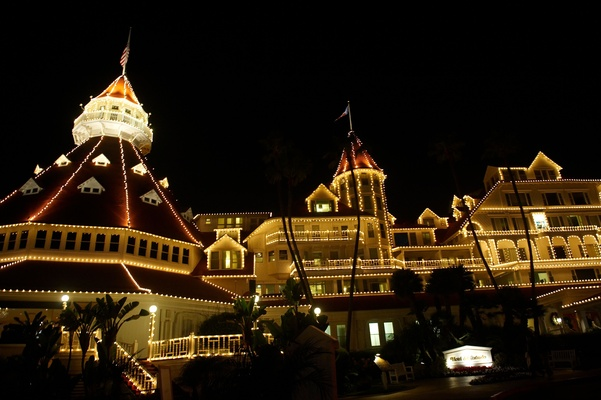 Hotel del Coronado decked out in Christmas lights