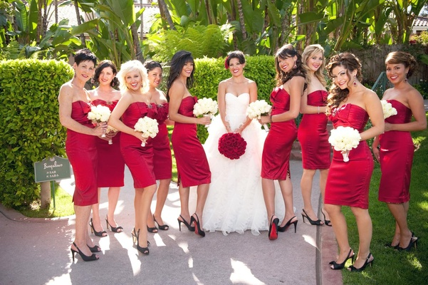 Romantic California Wedding with Deep Red Details - Inside Weddings 8508bc90e