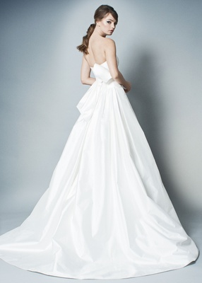 ROMONA by Romona Keveza Fall 2018 wedding dress ball gown with bow belt in back strapless