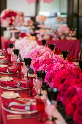 A delicious ombre of flowers for this bridal shower.