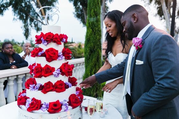 A Radiant Orchid Malibu Wedding with an Ocean View - Inside Weddings