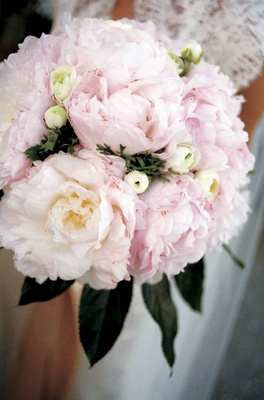 Bridal bouquet with light pink peonies