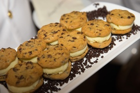 Wedding dessert idea cookie ice cream sandwich chocolate chip vanilla ice cream