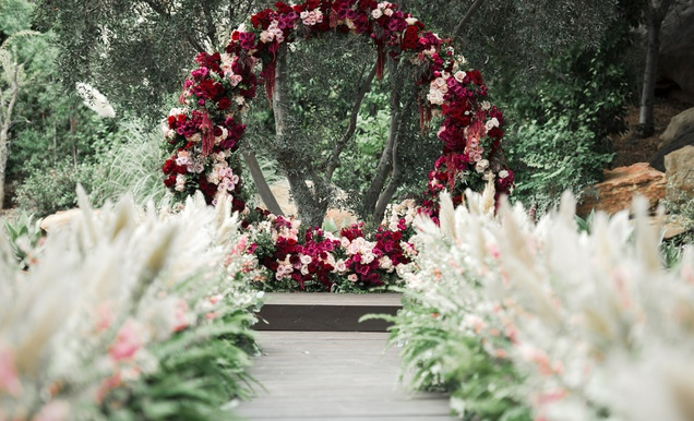 Romantic Wedding with Lush Florals in Autumnal Hues