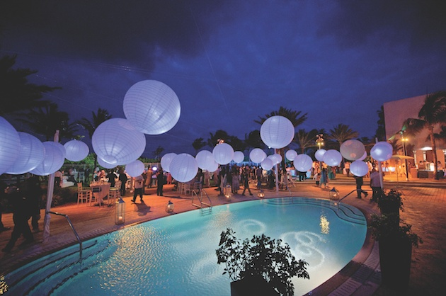 Reception d cor photos paper lanterns over pool inside How to make swimming pool with paper