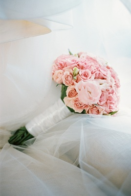 blush bouquet, rose and carnation bouquet