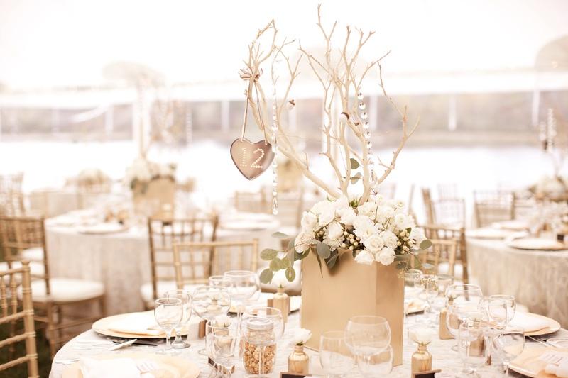 Keri Lynn Pratt's DIY wedding table decorations