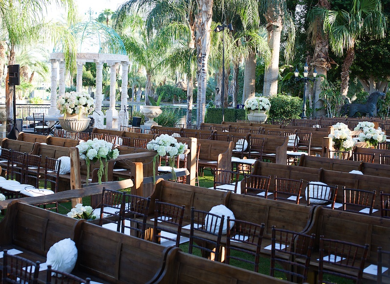 Ceremony dcor photos outdoor ceremony with pews chairs inside wooden church pews and mahogany chairs at outdoor wedding junglespirit Images