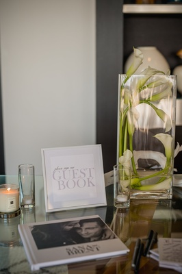 White and black modern guest book.